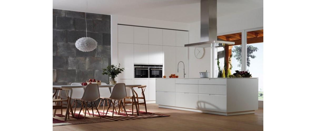 Laura decoracion muebles y decoraci n de cocinas ba os y - Cocinas y banos decoracion ...